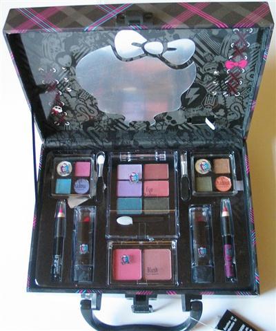 monster high schmink koffer beauty case m licht spiegel neu ebay. Black Bedroom Furniture Sets. Home Design Ideas